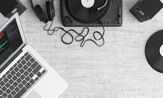 用区块链改变乐坛利益格局,eMusic模式是否可行?