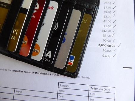 加密货币借记卡:是什么?有哪些?怎么用?