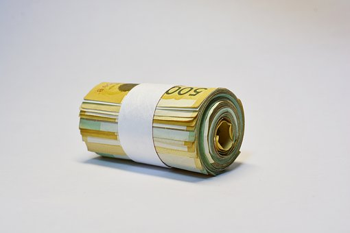 <b>内忧外患:传统小贷的发展瓶颈</b>