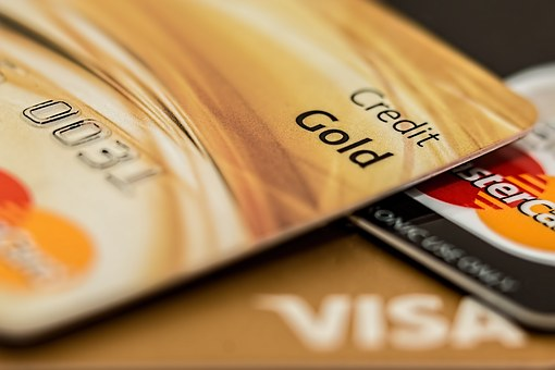 万事达卡与PayPal共同倡议科技巨头与银行加强合作