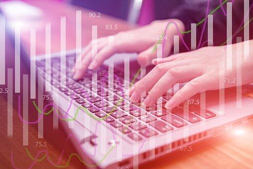 铜板街何俊:金融科技行业未来发展潜力巨大 | 金融科技百人谈