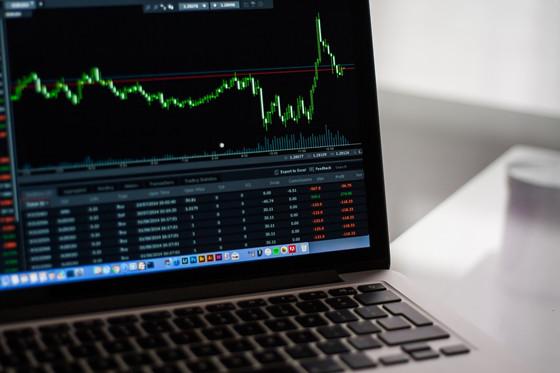 富途证券PK老虎证券:一个月内先后上市,谁的竞争力更强?