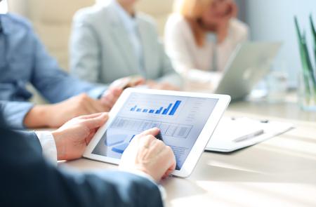 保险周报:众安在线2018总保费达112.56亿元,同比增长89%