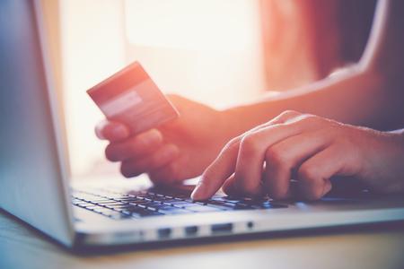 银保监会:保险资金参与信用衍生产品业务仅限于对冲风险,不得作为信用风险承担方