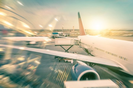 支付宝、微信的机场争夺战
