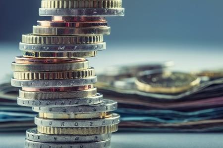 中国小微金融往事:与「不可能三角」抗争的15年