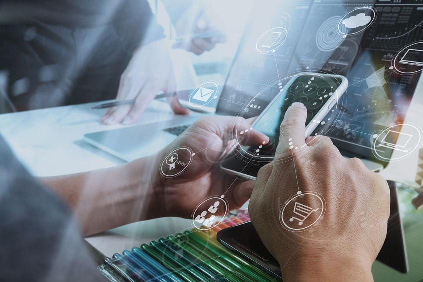 传统金融机构和fintech公司同台秀科技力,他们最想展示的是什么?