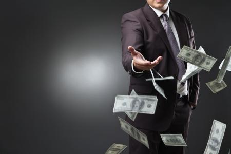 地方融资平台债务超30万亿  AMC获准入场收购
