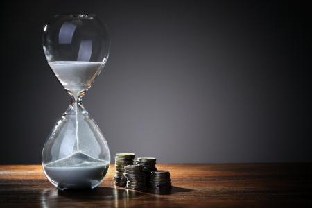 银保监会:天安财险、易安财险等6家公司触发接管条件,将被依法接管一年